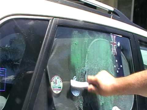 Graffiti Rid GR007 Quick & Easy Removal of Graffiti on Car Window