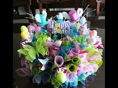 How to make a gorgeous deco mesh Easter Centerpiece