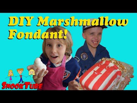 DIY Marshmallow fondant and edible play dough!