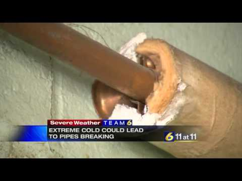 Plumbers warn about pipes bursting in cold wea