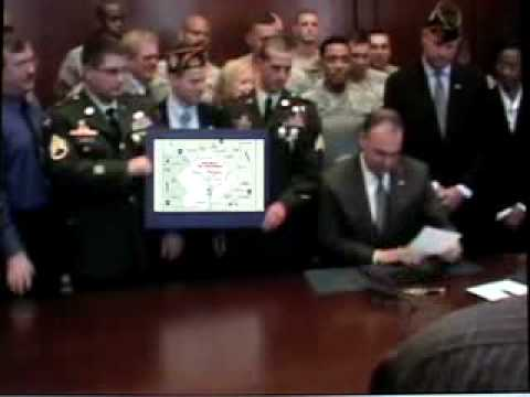 Tim Kaine Signs Treaty Ending Potomac War