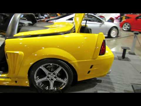 2000 Ford Mustang Saleen Custom