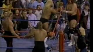 The Road Warriors vs The Fabulous Freebirds (09/28/1985)