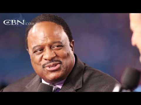CBS Sportscaster James Brown Proves Less is More