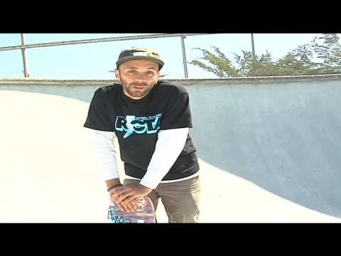 How to Turn on a Skateboard Ramp
