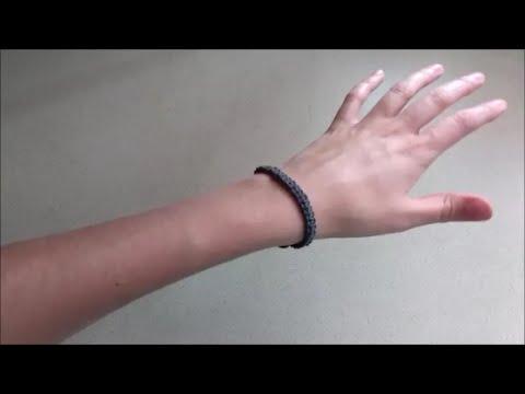 How to Make a Square-Knot Hemp Bracelet