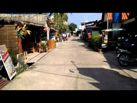 Saladan Koh Lanta Street on the way to the main Ferry Pier