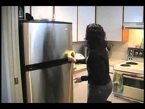 David Suzuki's Queen of Green on Cleaning -