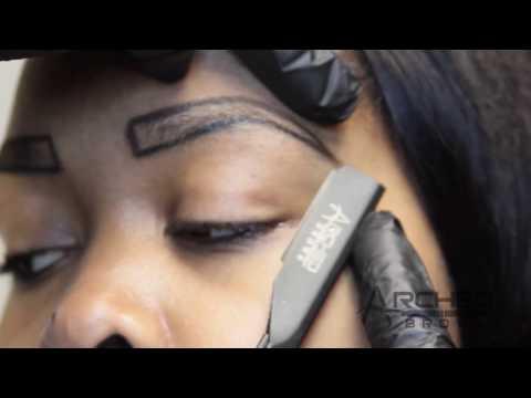Arched Brows Signature Straight Razor