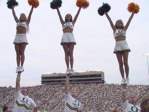 Coed Cheerleading Stunts!