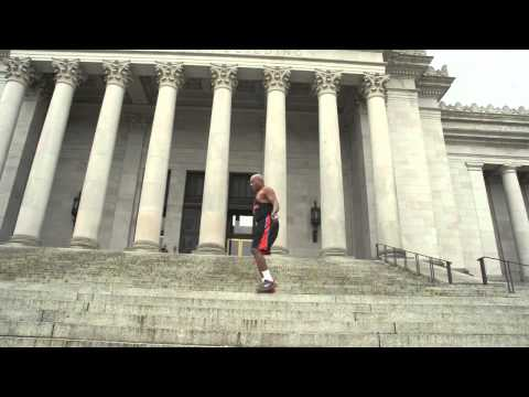 Amazing!! 70 year old Jump Rope Master Fly's Up Stairs