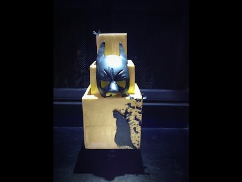 Batman Fondant Mask & Silhouette Tutorial (Timelapse)