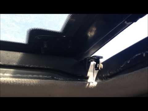 Junkyard disassembly: Toyota Previa rear moon roof