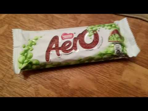 EUROPEAN CANDY: Mint Aero Candy Bar FOOD REVIEW