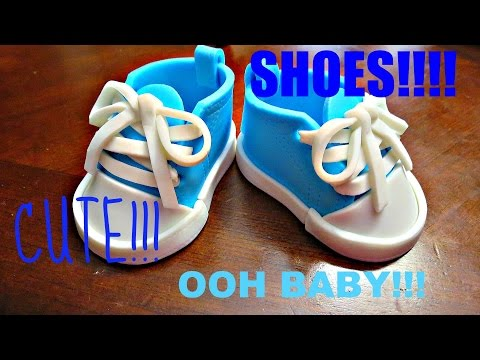 How to make a edible Baby Shoe Topper