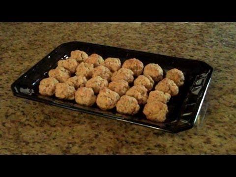 Sausage & Cheese Balls - Lynn's Recipes