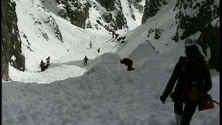 Two Italian rescue workers die in alpine avalanche