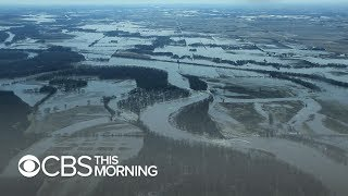 Download Devastating flooding coming at worst time for Midwest farmers Video