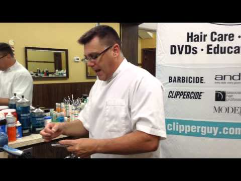 Razor blade change safety tip trick for barbers using double edge split blades and handles