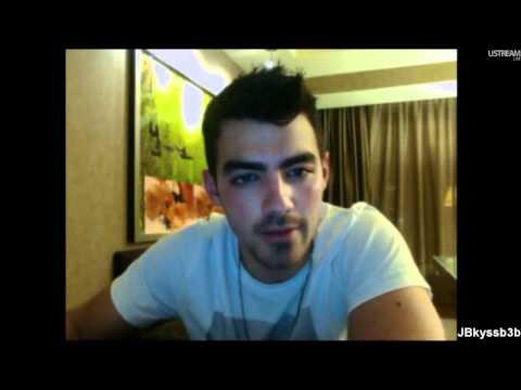 Joe Jonas - Fastlife Fridays live chat 19 August 2011