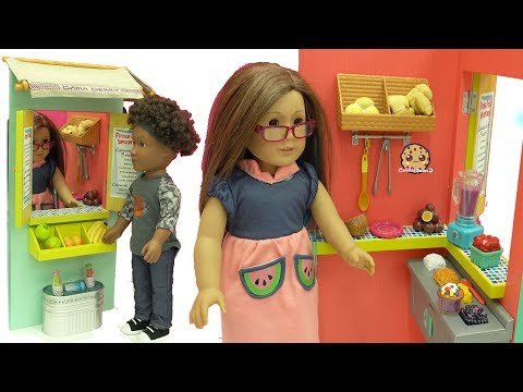 American Girl Doll Works At Big Fruit Stand Playset & Makes Food For Customers + Blind Bags