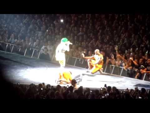Katy Perry Prismatic Tour - Walking On Air Birmingham