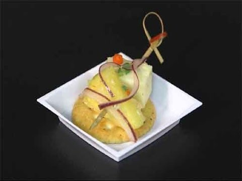Pineapple Cheese Appetizer Recipe for the Holidays