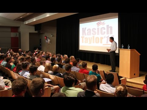 Gov. John Kasich Visits with The Ohio State University College Republicans
