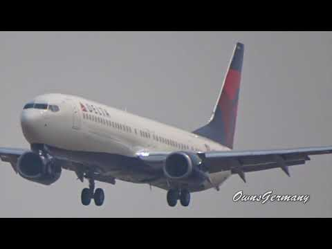 Delta Boeing 737-900ER N884DN First Flight w/ Missed Approach + Full Stop Landing