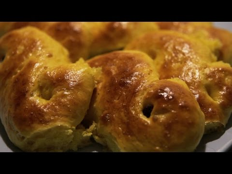 Cook It In Swedish: Lussebullar (Swedish Saffron Buns)
