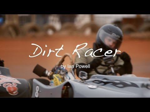 Dirt Racer - Kart racing on a Dirt Track