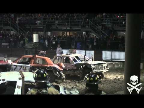 Binbrook WRECKFEST Modified Demolition Derby