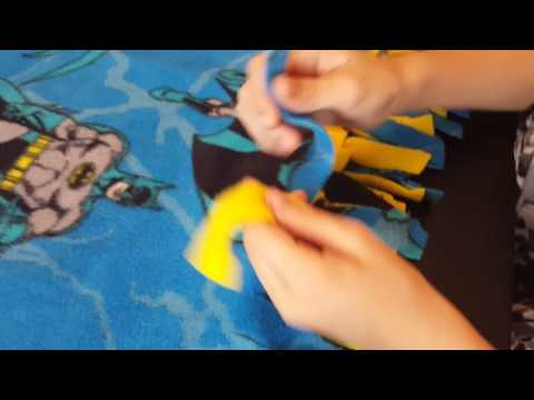 Kids Batman Tie Blanket: Tying the Knots