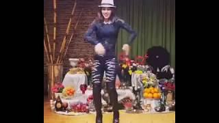 رقص ایرانی با تم شب یلدا