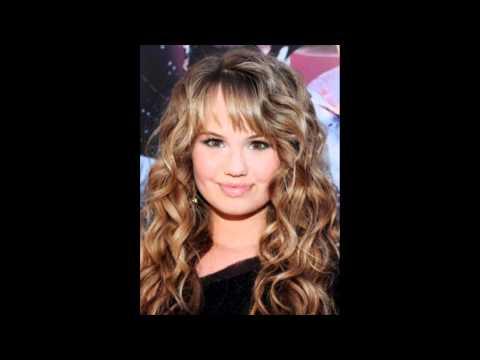 Straight hair VS Curly hair.Selena,Demi,Miley,Ashley,Debby,Vanessa.