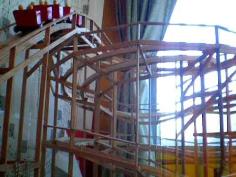 DIY model rollercoaster