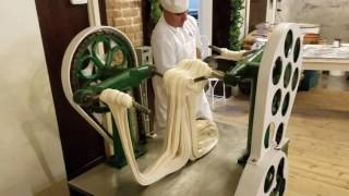 Making Saltwater Taffy at La King