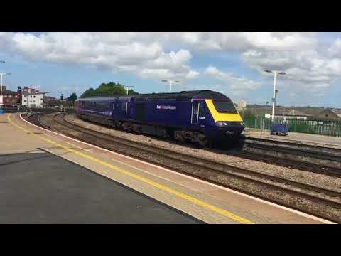 UK Trains: Bristol Temple Meads Station June 2017