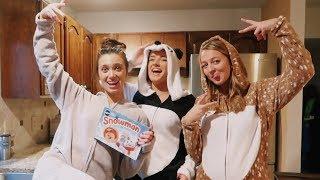 baking christmas cookies in ONESIS!