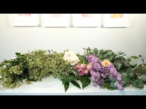 How to Create the Perfect Floral Table Garland