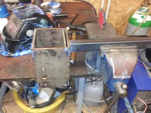 Selbstgebaute Nussknackermaschine Homemade Nutcracker Machine