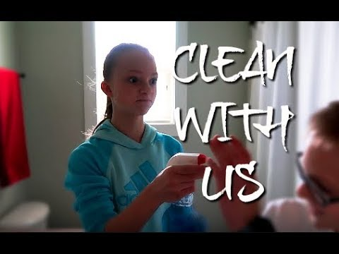 CLEAN WITH ME! | Working mom life