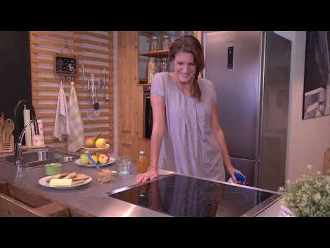 VIDEO Care+Protect degreaser Ceramic hobs (IT)