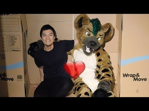 I DATED MYSELF!! Dating my fursona inside of a furry BOX FORT