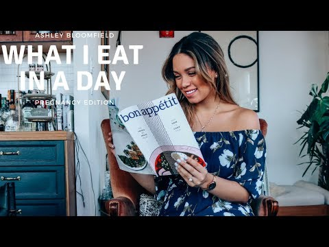 What I Eat In A Day ft HelloFresh   Pregnancy Edition   Ashley Bloomfield