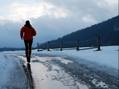 Running Tips : How To Keep Your Toes Warm In Frigid Temperatures