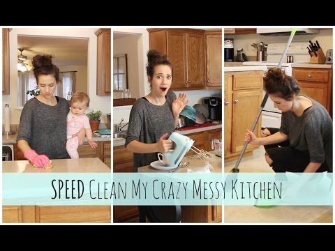 CLEAN WiTH ME 2017 // CLEANING MOTIVATION // SPEED CLEAN THE KITCHEN