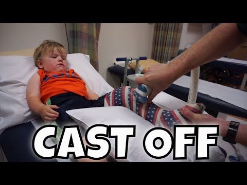 😱 ANDREW GETS HIS CAST CUT OFF!