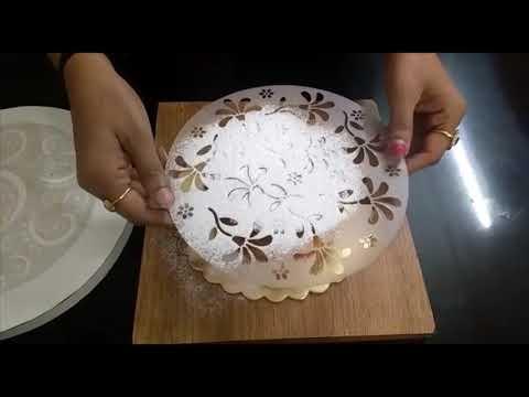 Cake decoration using Stencils