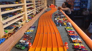 "HOT WHEELS ""SUPER SNAKE SLALOM COURSE"" ""DAY 1"""
